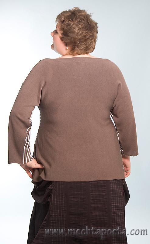 трикотажные блузы покроя летучая мышь.