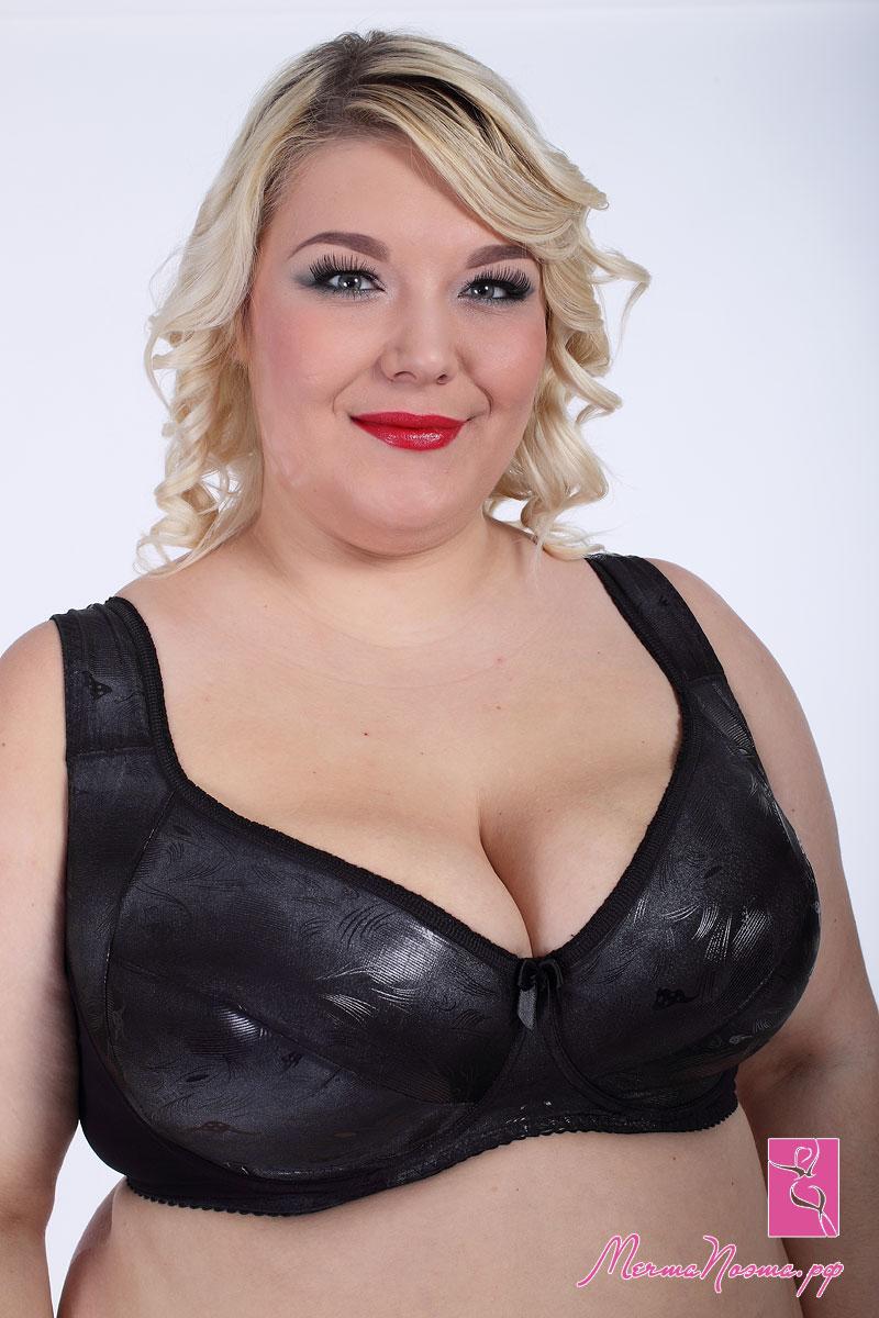 Actress nude bikini image